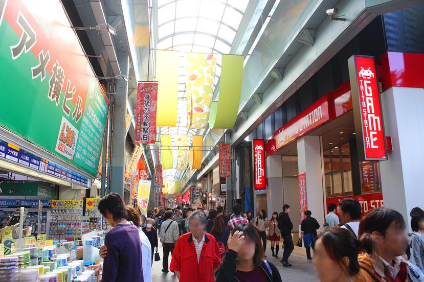 今月10日にオープンした大須・新天地通りの「タイトーステーション」ほか