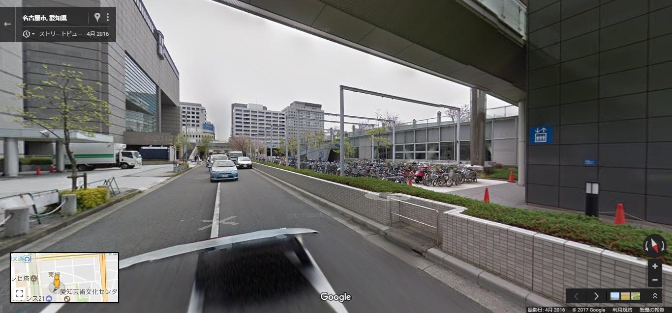 栄バスのりば駐輪場