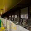 地下鉄栄駅 東山線ホームのリニューアル工事 新しい外壁の設置が進む 2017.9.9